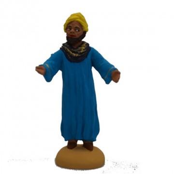 homme oriental debout tunique turquoise