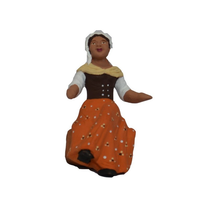 femme assise jambes croisées
