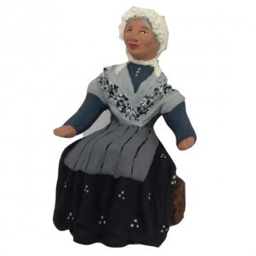 Grand-mère assise mod. N°3